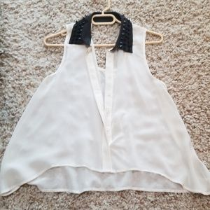 Forever 21 stud collar top